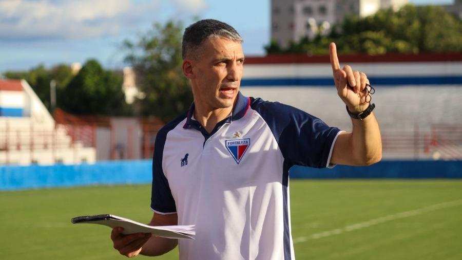 Juan Pablo Vojvoda lidera o Brasileirão 2021 com o Fortaleza - Leonardo Moreira / Fortaleza
