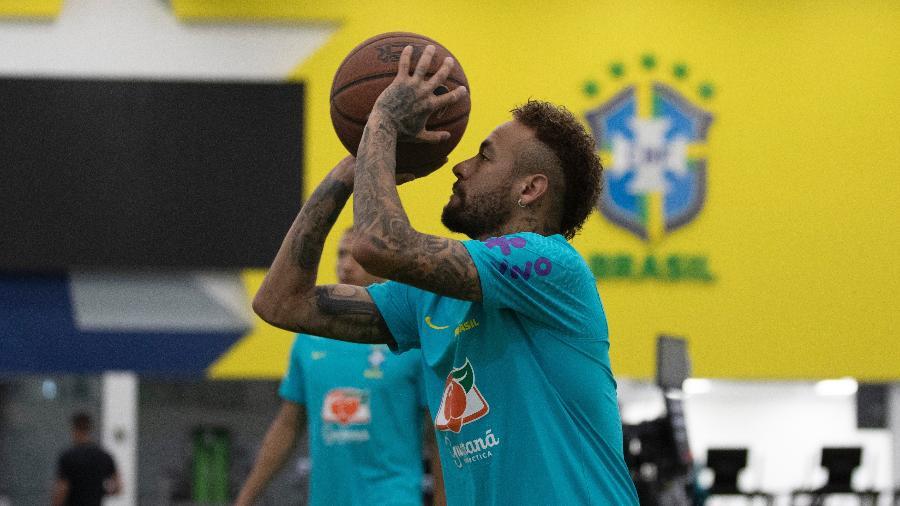 Neymar durante trabalho da seleção na Granja Comary - Lucas Figueiredo/CBF