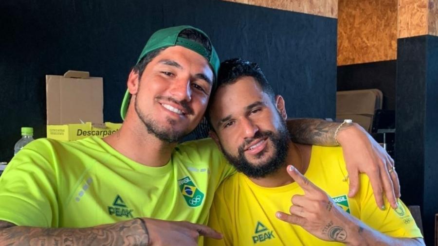 Gabriel Medina compartilhou foto com Ítalo Ferreira - Reprodução/Instagram