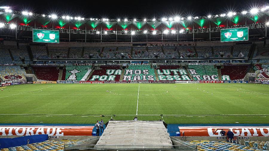 Maracanã enfeitado com mosaico do Fluminense em jogo pela Libertadores - Lucas Merçon/Fluminense