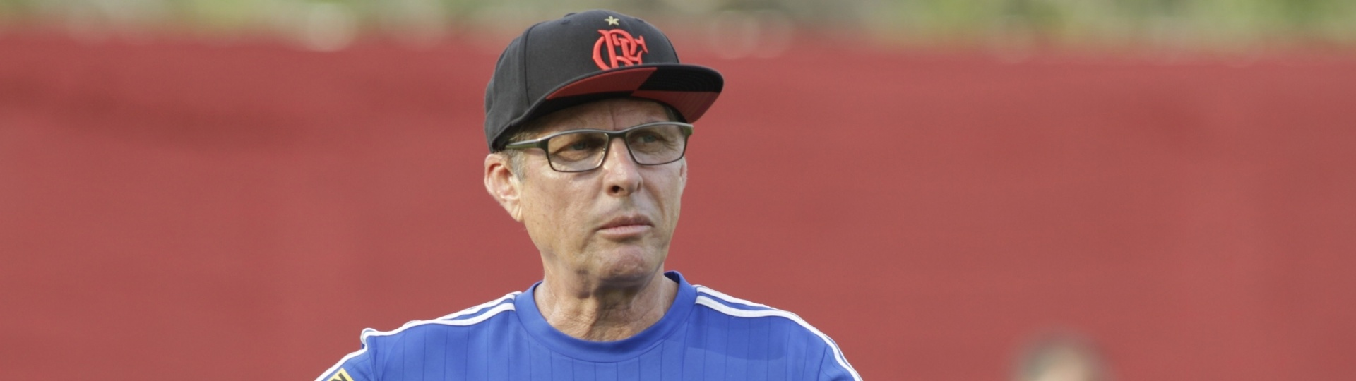 Oswaldo de Oliveira vive situação delicada no fim de temporada pelo Flamengo