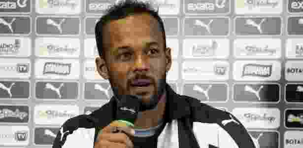 Bruno Silva está no Botafogo desde fevereiro de 2016. Seu futuro é uma incógnita - Divulgação/Botafogo