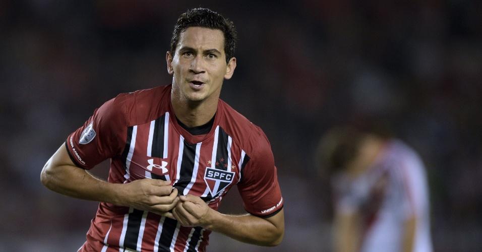 Ganso comemora gol marcado para o São Paulo contra o River