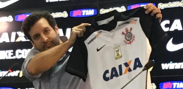 Nova camisa com marca da Caixa será utilizada no próximo sábado contra o Red Bull