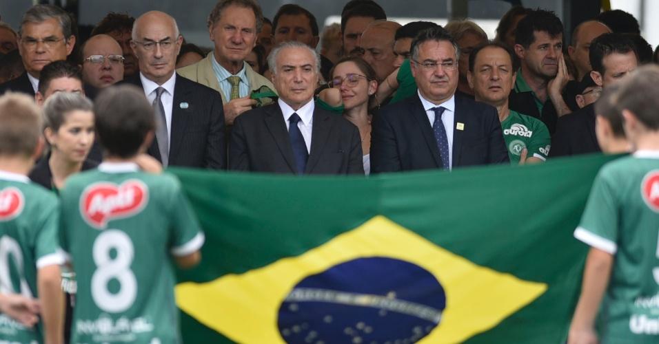Presidente Michel Temer acompanha velório