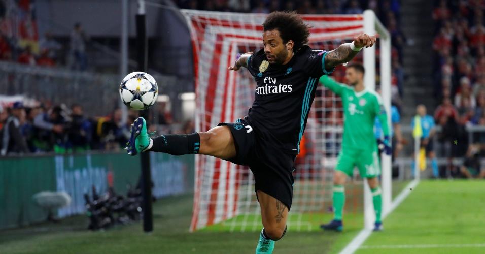 Marcelo domina a bola em Bayern de Munique x Real Madrid ad74c128c0a5f