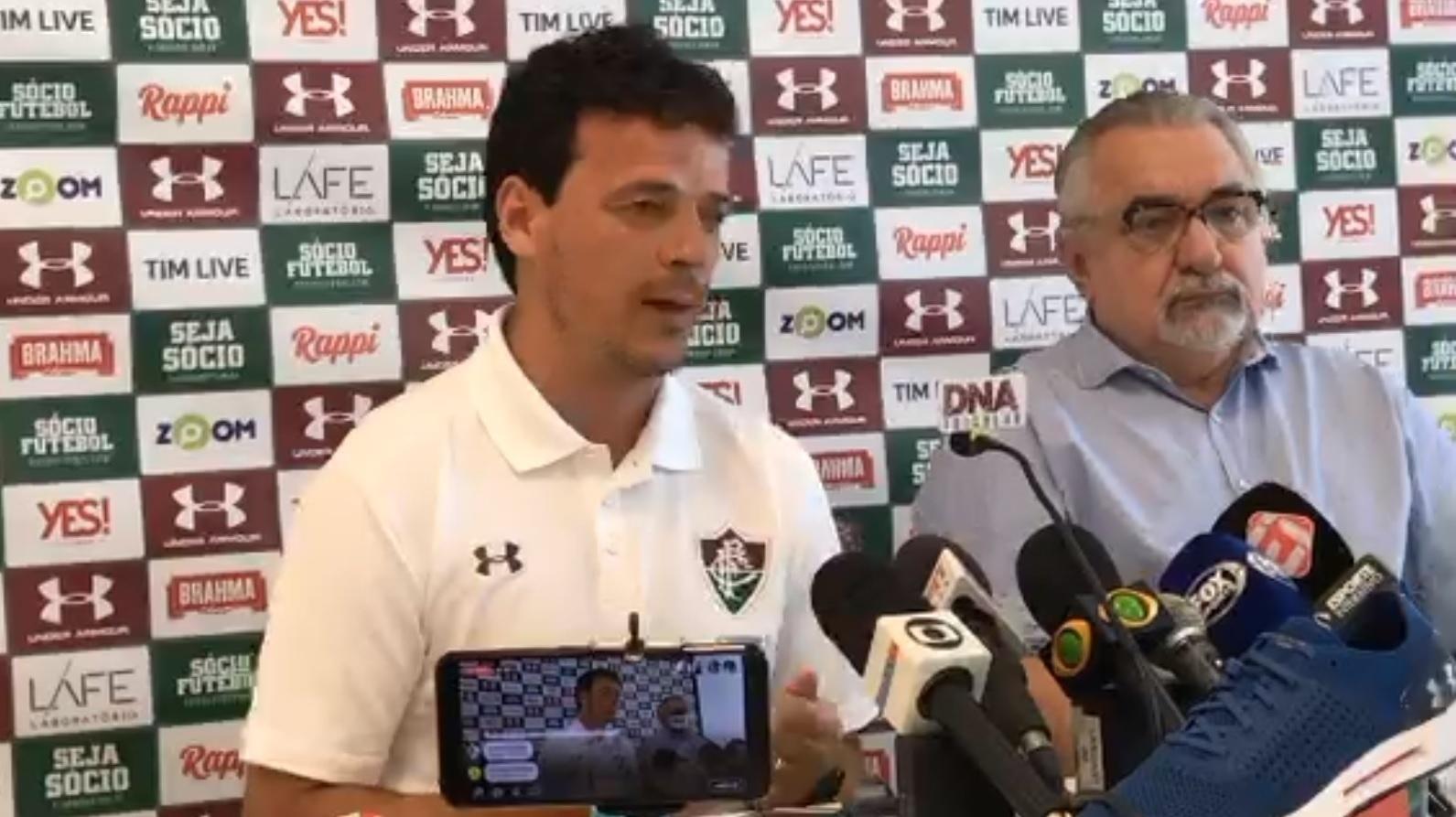 Fernando Diniz é apresentado pelo Fluminense