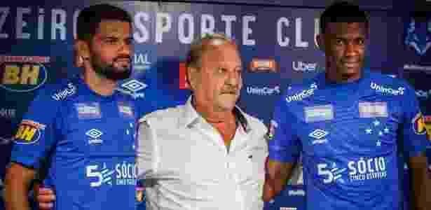 dac308c53a Cruzeiro apresenta lateral gringo