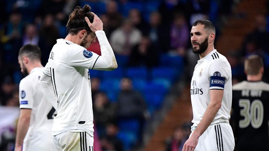 Bale e Benzema lamentam após derrota do Real Madrid na Champions - JAVIER SORIANO / AFP