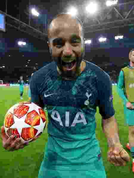 Lucas Moura comemorando vitória do Tottenham, finalista da Liga dos Campeões  - Tottenham Hotspur FC via Getty Images
