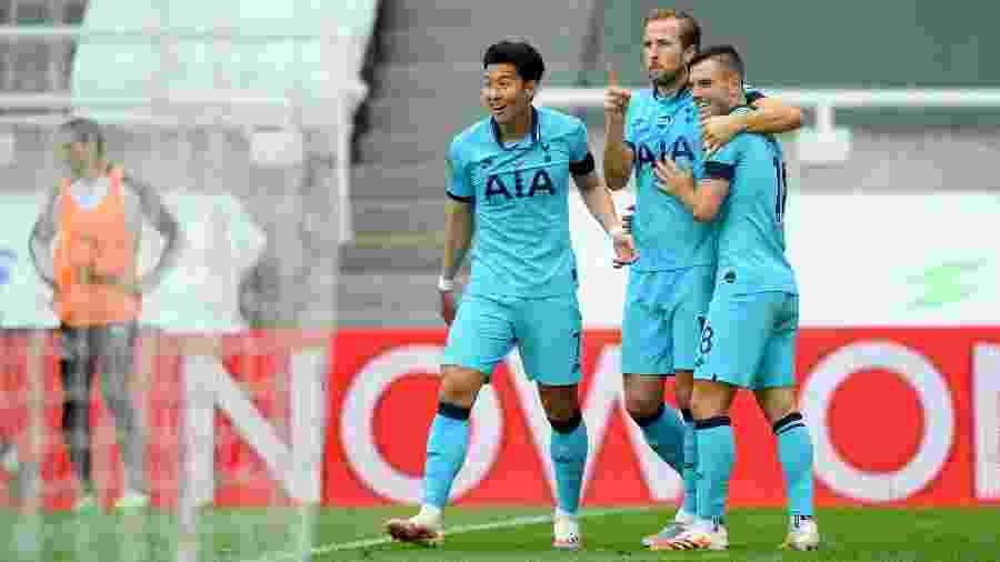 Apesar do bom resultado, Tottenham é apenas o sétimo colocado na Inglaterra - Stu Forster/Getty Images