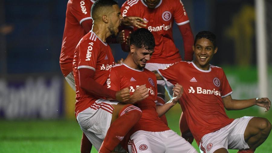 Jogadores do Inter comemoram gol de Johnny diante do Pelotas - Ricardo Duarte/Inter