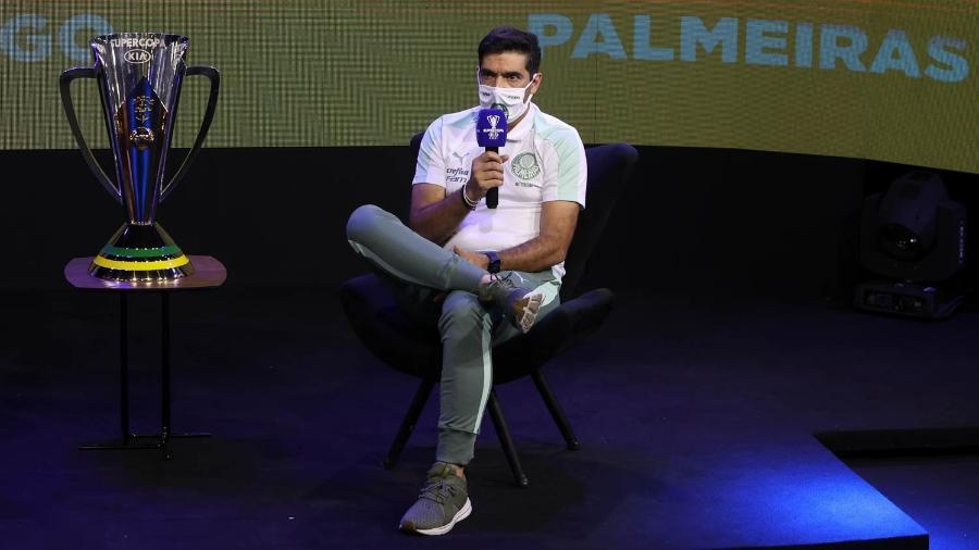 Abel Ferreira durante entrevista coletiva da Supercopa do Brasil - Cesar Greco/ Palmeiras