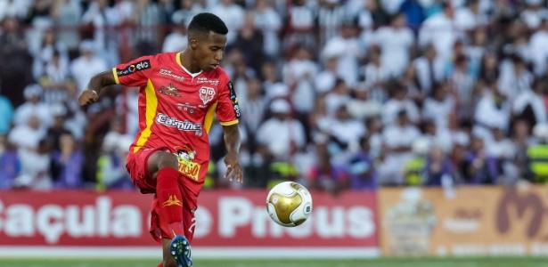 Tchê Tchê foi eleito o melhor meia do Campeonato Paulista