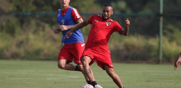 Wesley foi titular na vaga de Ganso no meio-campo e vai sair jogando no México