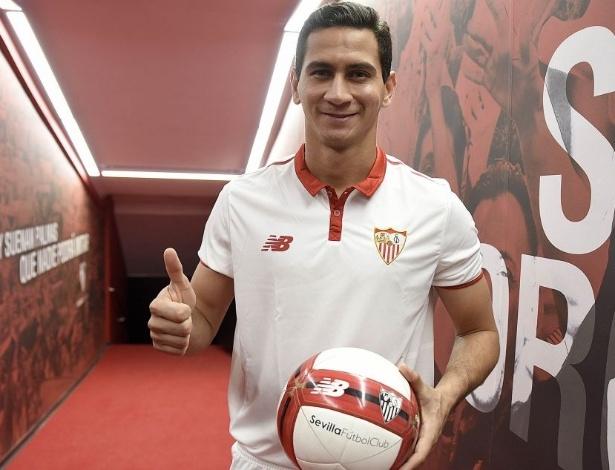 21c60a06da Como Ganso aproveita a passagem pelo Sevilla fora de campo - 20 02 ...