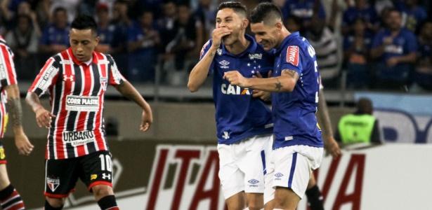 Invicto até aquele jogo, Cruzeiro perdeu para o São Paulo e caiu muito de produção