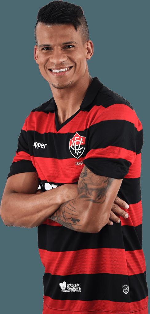 Thallyson Augusto Tavares Dias, lateral-esquerdo do Vitória