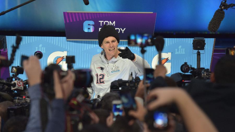 """Tom Brady participa do """"media day"""" do Super Bowl - Hannah Foslien/Getty Images/AFP"""