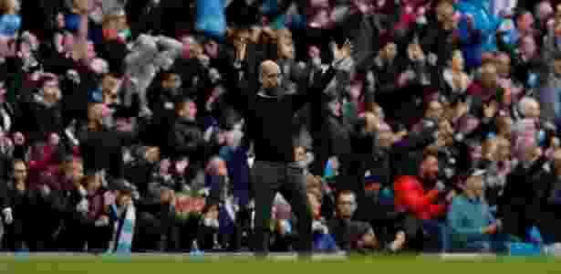 Guardiola comemora golaço de Kevin De Bruyne - Lee Smith/Reuters - Lee Smith/Reuters