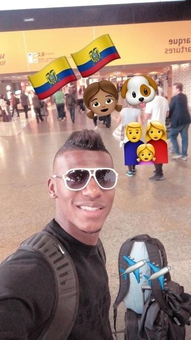 Roberth Arboleda, zagueiro do São Paulo, já embarcou rumo ao Equador para reencontrar seus familiares