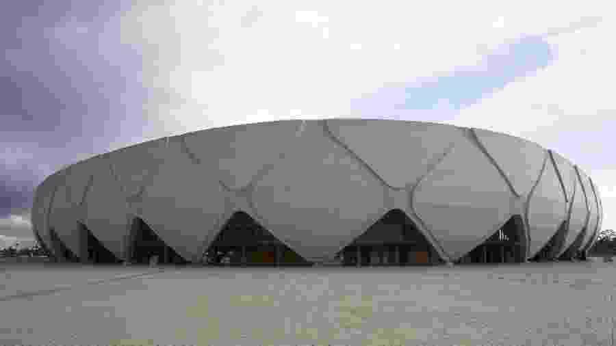 Vista geral da área externa da Arena da Amazonia em julho de 2015 - Bruno Kelly/Folhapress