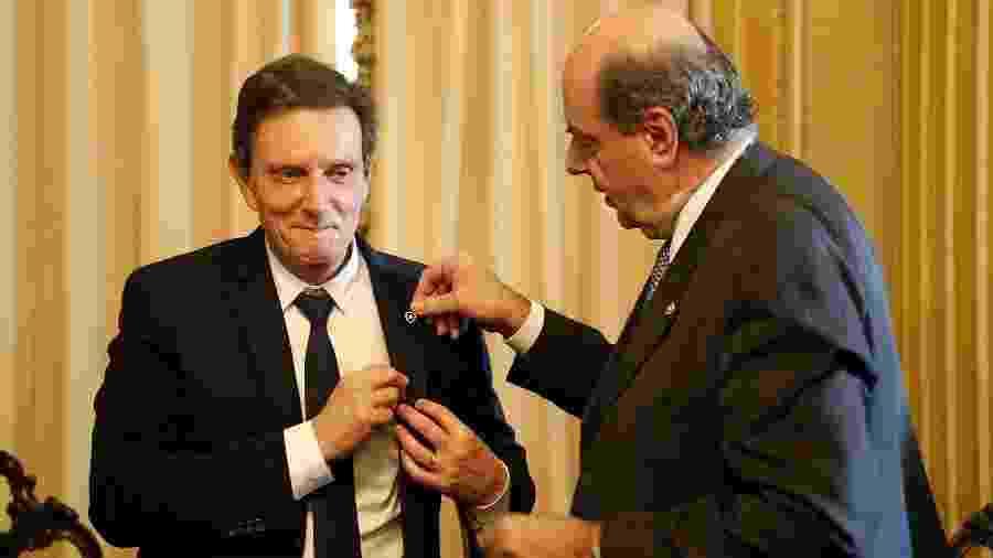 Prefeito Marcelo Crivella recebe Nelson Mufarrej, presidente do Botafogo, em cerimônia no Palácio da Cidade - Vítor Silva/Botafogo