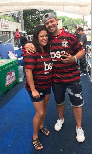 Cristine e Anderson comemoram festa do Flamengo no trio com jogadores
