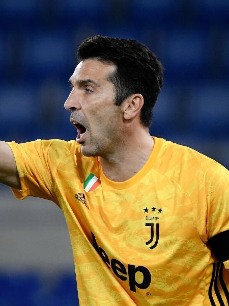 Buffon, durante final da Copa da Itália entre Juventus e Napoli - Filippo MONTEFORTE / AFP