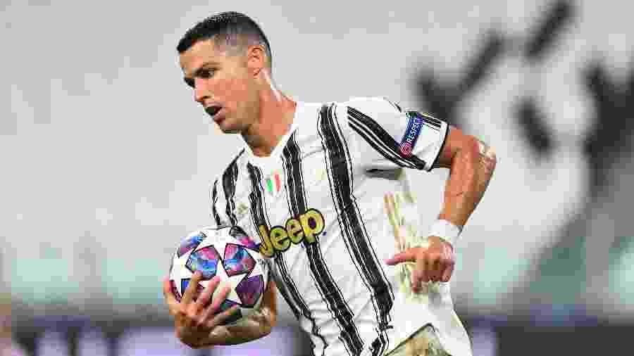 Cristiano Ronaldo durante Juventus x Lyon pelas oitavas de final da Liga dos Campeões - REUTERS/Massimo Pinca