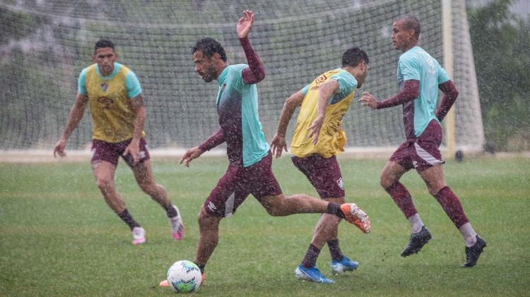 Fred voltou a treinar com bola no Fluminense mesmo com chuva forte no CT Carlos Castilho - Lucas Merçon/Fluminense FC - Lucas Merçon/Fluminense FC