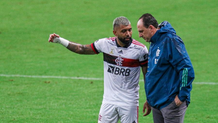 Rogério Ceni volta tendo que lidar com questões extracampo no Flamengo