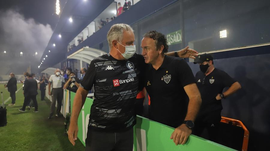 Pela Copa do Brasil, Cuca reencontrou o amigo Paulo Bonamigo, treinador do Remo - Pedro Souza/Atletico