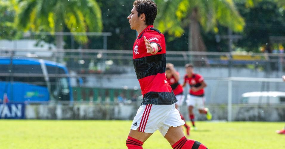 Pela Copa Rio Sub-17, o Flamengo venceu o Botafogo por 4 a 3.