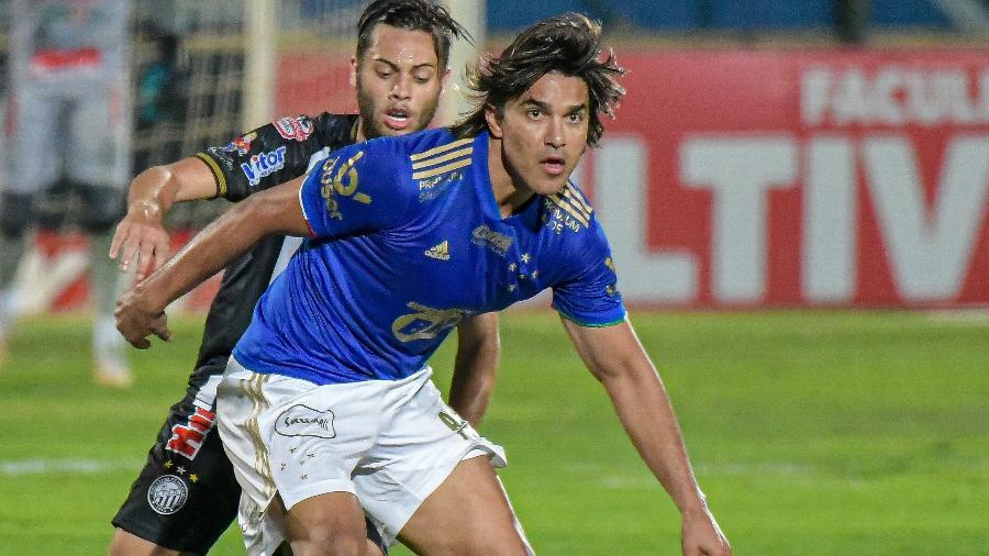 Marcelo Moreno, atcante do Cruzeiro, teve gol anulado contra o Operário e ficou inconformado com a arbitragem - GLEDSTON TAVARES/FRAMEPHOTO/FRAMEPHOTO/ESTADÃO CONTEÚDO