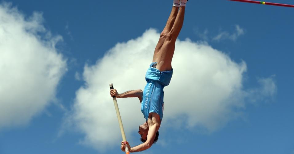 Argentino German Chiaraviglio atingiu sua melhor marca na carreira e ficou com a prata no salto com vara