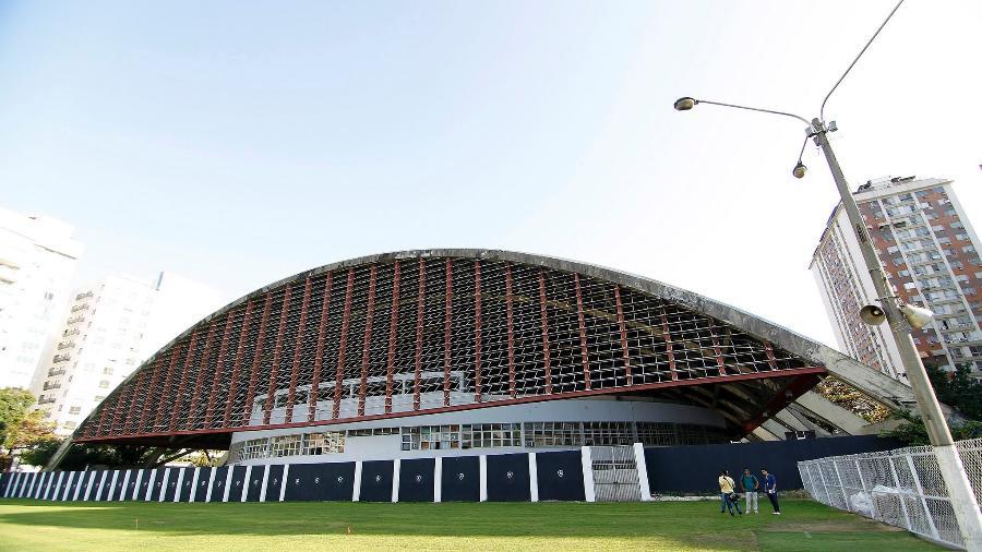 Estádio Caio Martins é usado pelas divisões de base do Botafogo - Vitor Silva / SSPress.