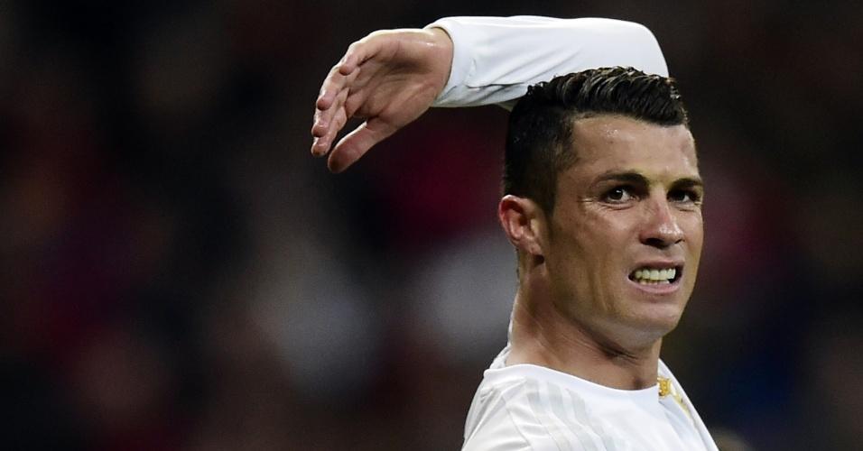 20.abr.2016 - Cristiano Ronaldo gesticula durante a partida entre Real Madrid e Villarreal pelo Campeonato Espanhol