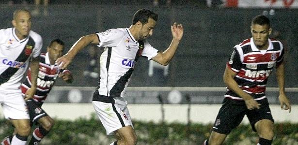 Após descanso nos últimos dois jogos, retorna ao Vasco neste sábado