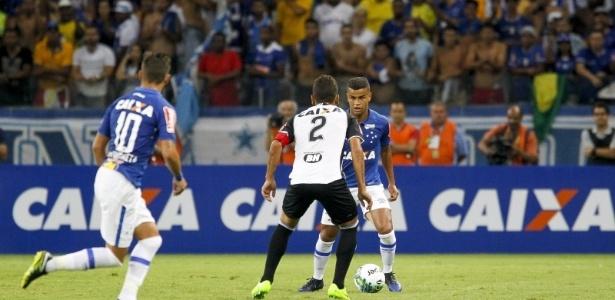 Mesmo sem a liderança, Cruzeiro quer recuperar o moral com boa atuação no clássico