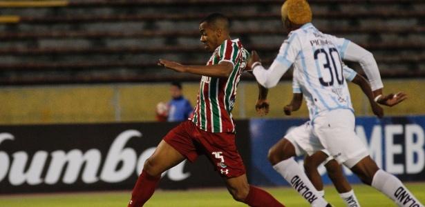 Marlon Freitas atuou como titular na partida do Fluminense em Quito