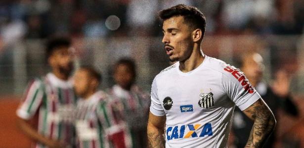 Zeca do Santos durante partida pelo Campeonato Brasileiro
