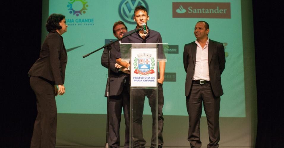 Neymar em 2013, no lançamento do Instituto Neymar Jr., em Praia Grande