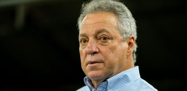 Técnico Abel Braga terá mais de uma semana para treinar o Fluminense