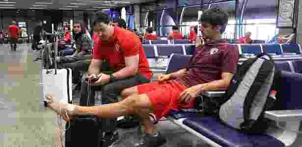 Rodrigo Caio fez tratamento fisioterápico no aeroporto de Fortaleza - São Paulo/Oficial
