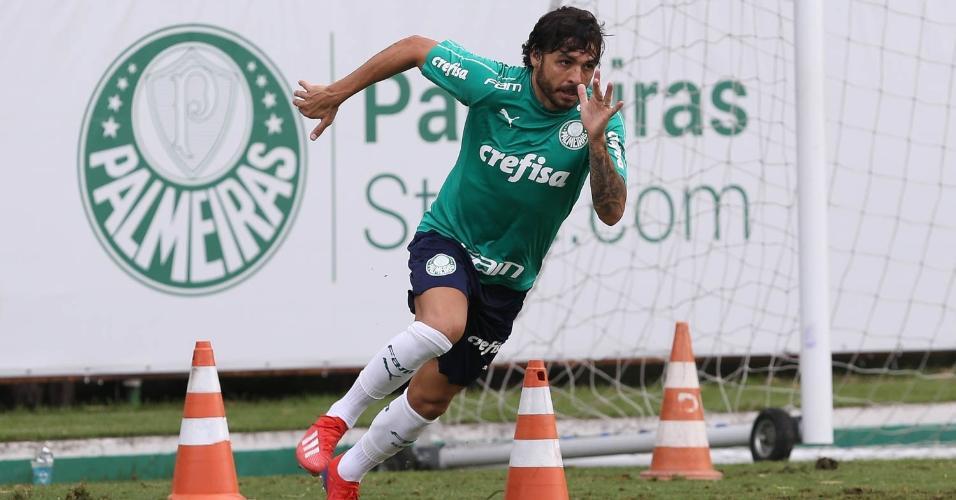 efb2e31953 Ricardo Goulart treinou normalmente com o grupo do Palmeiras nesta terça
