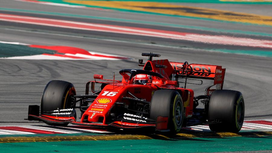 Charles Leclerc, durante teste na pré-temporada da Fórmula 1, em Barcelona - REUTERS/Albert Gea