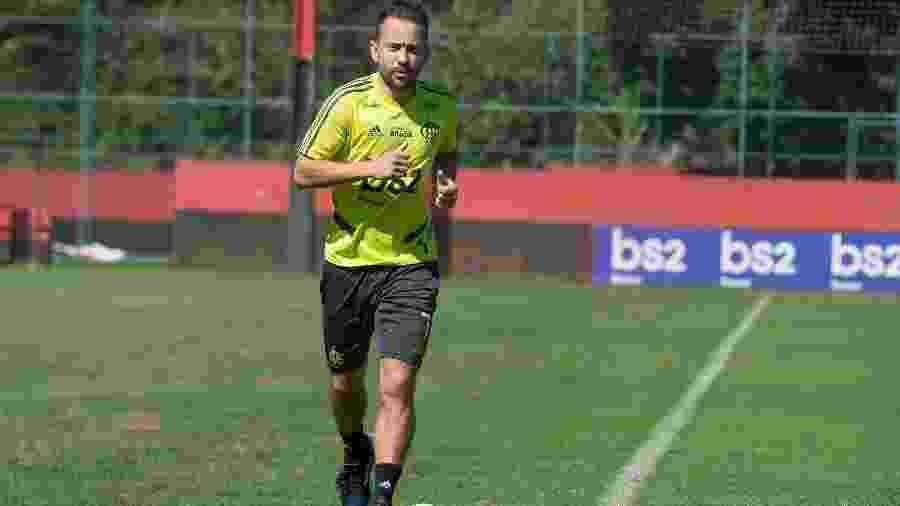 Everton Ribeiro está fora do duelo com o Cruzeiro, pelo Campeonato Brasileiro - Alexandre Vidal/Flamengo