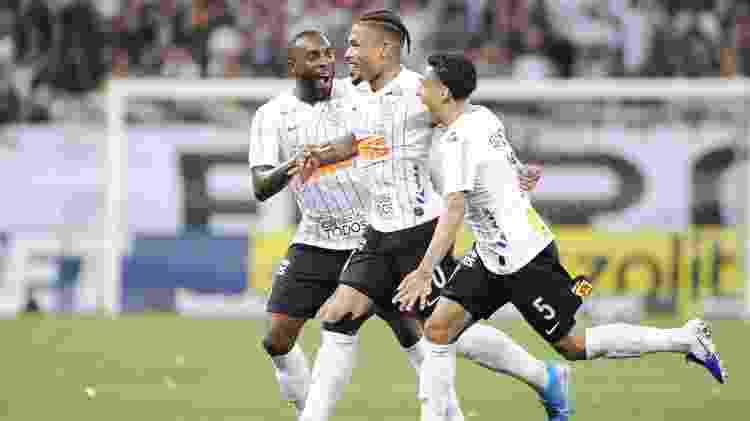 Júnior Urso marcou após assistência de Clayson aos 24 minutos do primeiro tempo na Arena - Alan Morici/AGIF