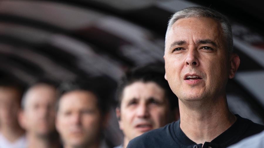 Tiago Nunes chega com dois auxiliares e vai ter nova diretoria à disposição para fazer mais que mudar o time - Daniel Vorley/AGIF